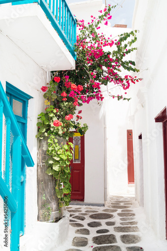 Traditional greek house on Mykonos island, Greece © Y. Papadimitriou