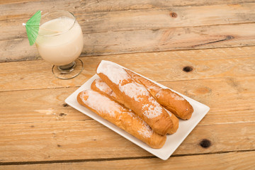 Horchata and fartons