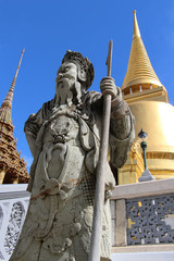 Wat Phra Kaew with Chinese sculpture