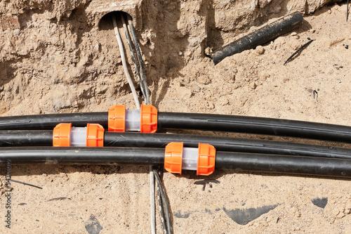 Leinwanddruck Bild Kabelschutzrohr - Leerrohr mit Verbindungsmuffe