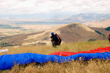 Preparation for enjoyment  Paragliding in Macedonia