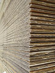 cartone impilato in fogli