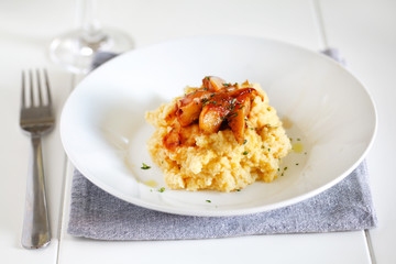 Mashed potatoes of rutabagas, sweet potato and caramelized pears