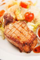steak with vegetables