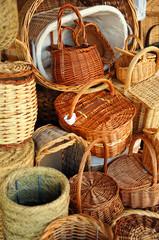 Cestas de mimbre, artesanía española