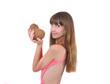 девушка с двумя кокосами в руках, розовое платье