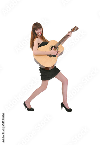 девушка с гитарой в руках, музыка