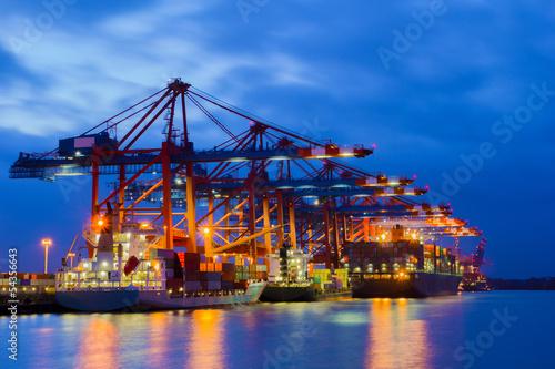 canvas print picture Containerterminal zur Blauen Stunde