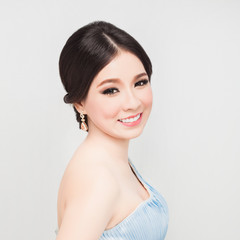 bridal make up and hair style.