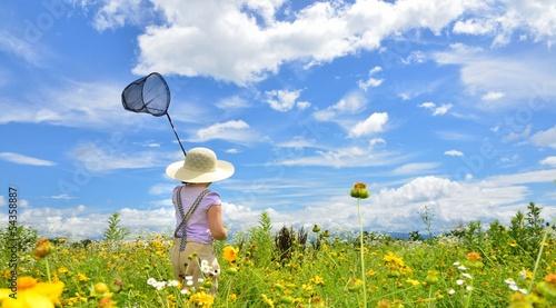 青空と花と少女