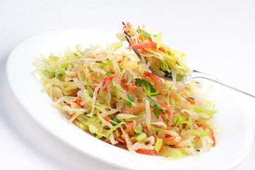 Vegetable salad with cabbage