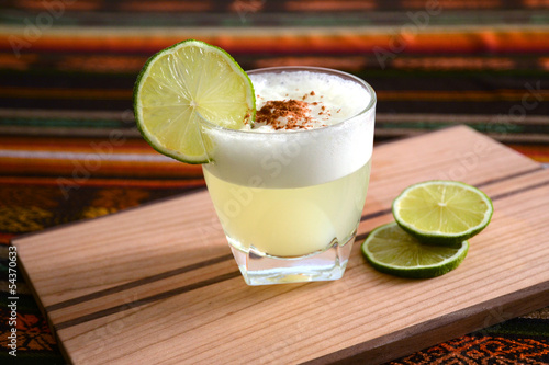 Papiers peints Cocktail Cocktail from Chile and Peru – Pisco Sour