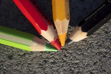 Die vier Buntstifte