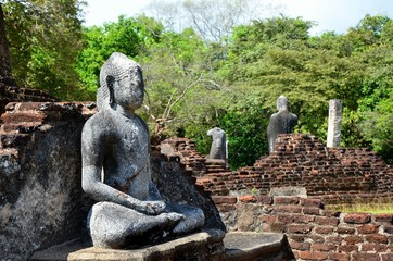 Buddha meditating, Ancient City Polonnaruwa