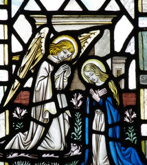 Annunciation: Mary and gabriel