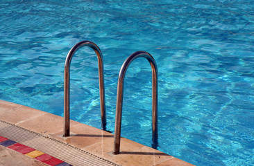 Swimming pool with Metal Ladder
