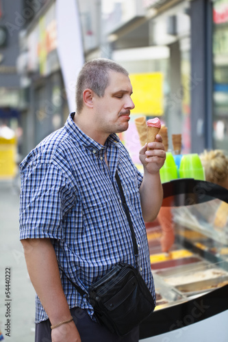 Man at the ice cream place point of sale