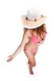 junge attraktive Frau in Strandmode