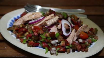 Seasoning tuna salad