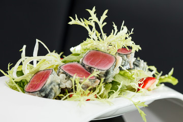 salad with tuna