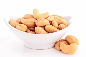 cashew isolated