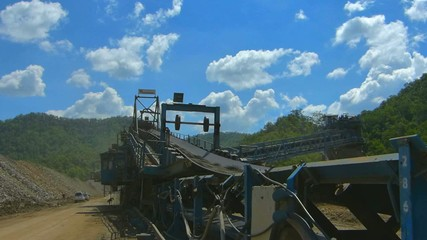 Belt moving transfer coal_Timelapse