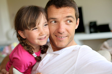 Portrait of daddy with little girl