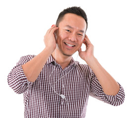 Asian man listening to mp3