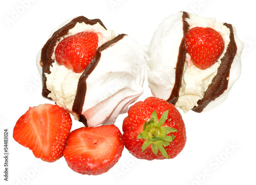 Strawberry Cream Meringues