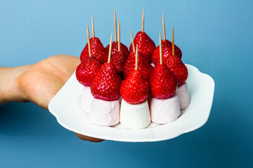Marshmallows and strawberries