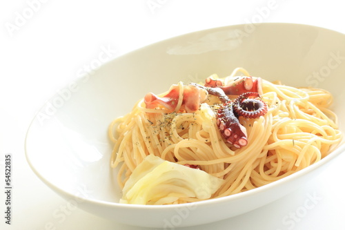 italian cuisine, octopus and cabbage spaghetti