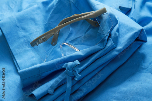 a doctors clothing with glasses