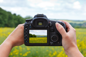 Taking a photo with a dslr camera