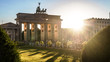 canvas print picture - brandenburger tor and sun