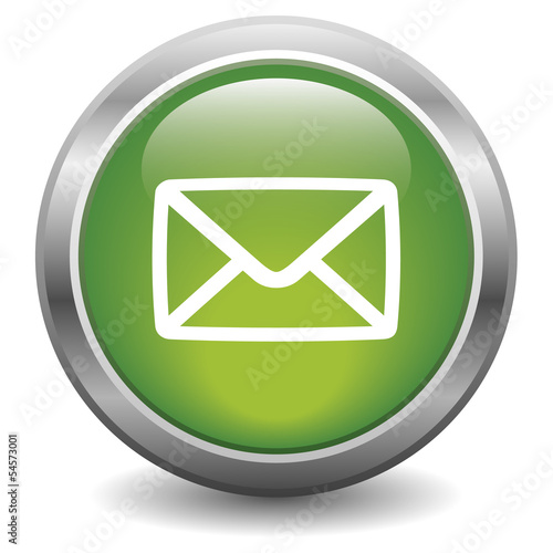 E-mail glossy icon green