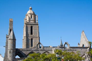 L'église saint Guénolé et la chapelle de Batz sur mer