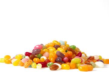 Jelly Beans auf weiß isoliert