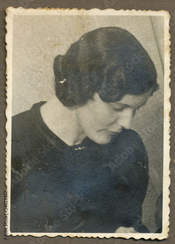 portrait of young woman - circa 1945