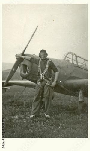 pilot, aviator - circa 1965 - 54629492