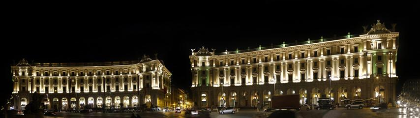 Illuminated Piazza della Repubblica