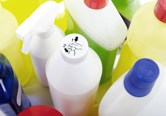 Children's safety cap on cleaning bottles