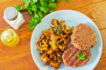burgers with fried mushrooms