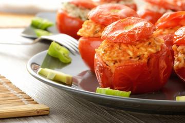 Pomodori al forno ripieni di riso
