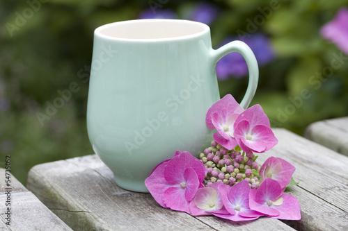 coffee mug with flower