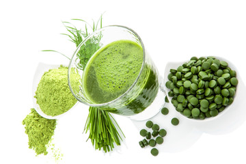 Green healthy superfood. Detox supplements.