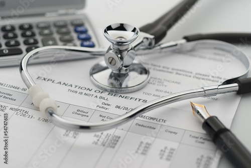 Figuring the cost of healthcare Plakat