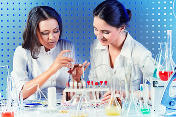 laboratory assistants