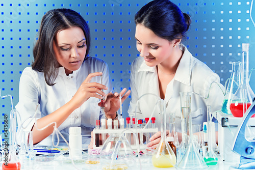 laboratory assistants