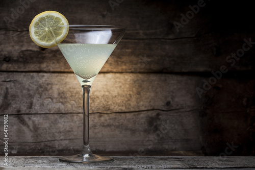 Fotobehang Cocktail Cocktail with wooden background