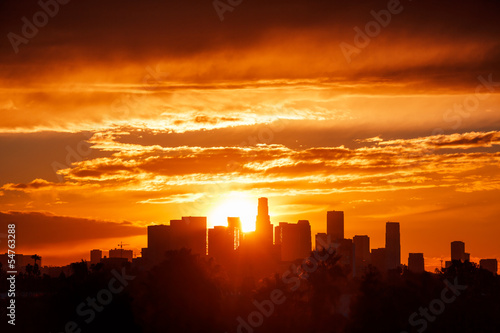Fotobehang Los Angeles Los Angeles city skyline, sunrise